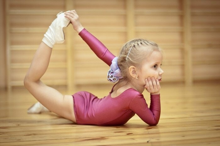 Многие виды спорта формируют и красивую фигуру, что тоже очень важно, особенно для девочек