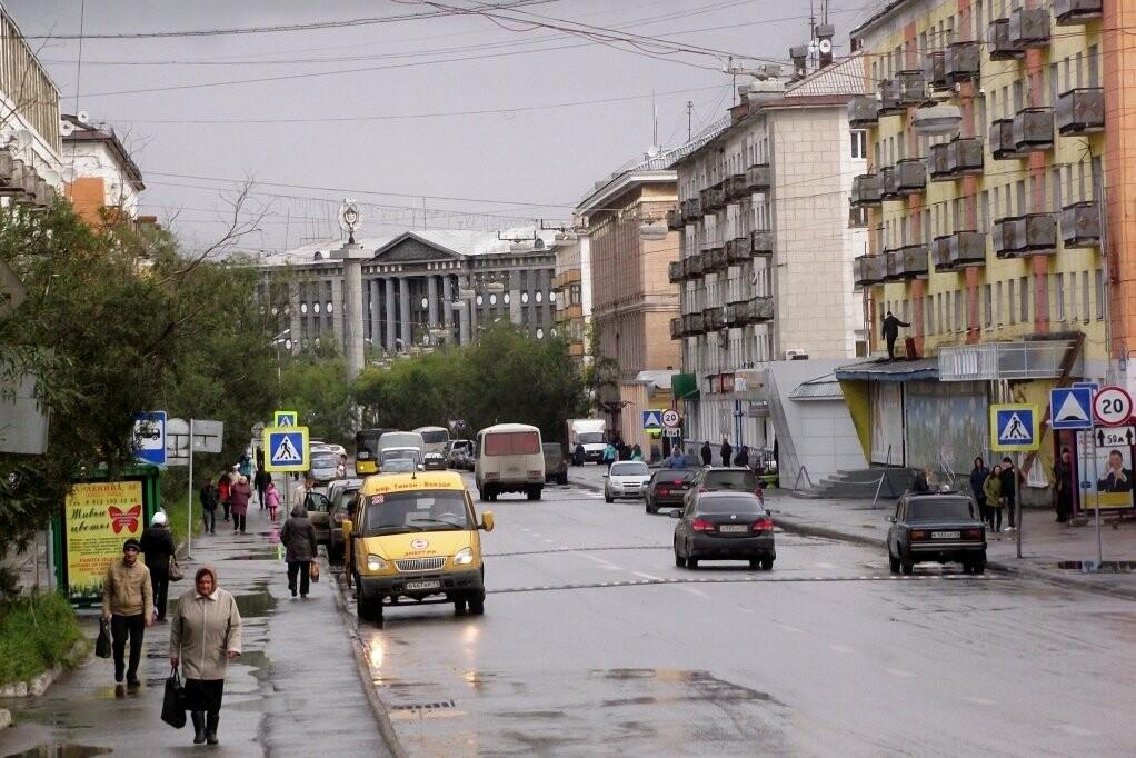 Воркута — это небольшой город, по сути, он состоит из одной центральной улицы Ленина и образовавшихся вокруг нее остальных улиц и бульваров