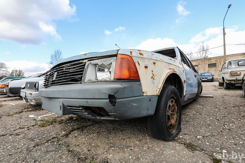 Будет эвакуирован «автохлам» брошенный по Октябрьскому проспекту, фото-1